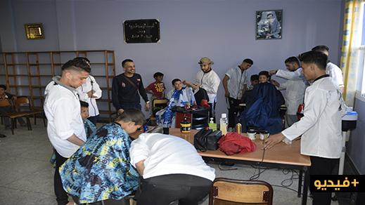 """منظمة """"رامي"""" تشرف على حملة واسعة للإفطار الجماعي استهدفت المتشردين ونزلاء الخيرية بالناظور"""