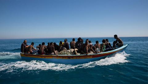 إنقاذ 182 مهاجرا تحت جنح الليل ومنظمة إسبانيا تكشف رقما مهولا لعدد المفقودين في المتوسط