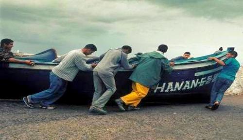 مثير.. عصابة متخصصة في الهجرة السرية تنصب على 5 شبان من الدريوش في 25 مليون سنتيم