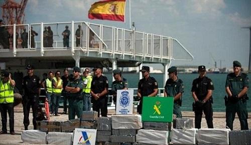 حجز 600 كلغ من الكوكايين واعتقال مغاربة ضمن 56 شخصا بشبكة لتهريب المخدرات بإسبانيا