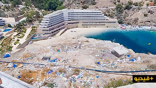 نشطاء يستنكرون قيام بعض الوافدين بتشويه جمالية شواطئ الحسيمة