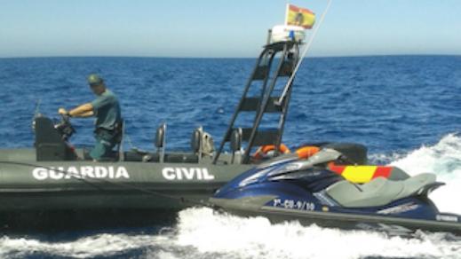 الهجرة باستعمال الدراجات المائية تعود إلى الحسيمة.. هكذا نجا شابين بعدما علقا في البحر