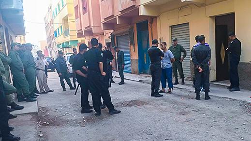 السلطات الأمنية تداهم منزلا للمهاجرين الأفارقة بحي براقة وتجلي العشرات منهم
