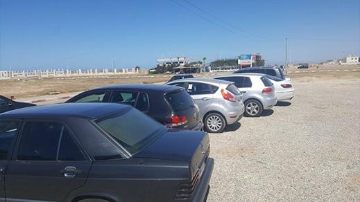 مواطنون يشكون ارتفاع تذاكر حراسة السيارات في شواطئ رأس الماء بإقليم الناظور