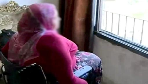 """في رسالة صادمة ومؤثرة.. فتاة من وجدة تعلن عبر """"الفايسبوك"""" أنها ستنتحر هربا من تعذيب والديها"""