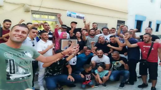 رئيس جماعة ينظم حفل إستقبال لمعتقلي حراك الريف المفرج عنهم بالحسيمة