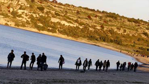 """الدرك الملكي يحبط محاولة تسلل أزيد من 20 مهاجرا سريا للصخور المحاذية لجزيرة """"نكور"""""""