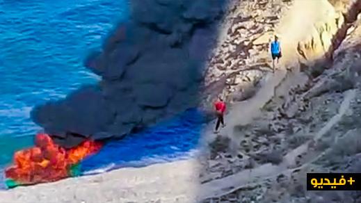 """الدريوش.. مهاجرون يحرقون زورقا بشاطئ """"أزغار"""" بعد محاولة فاشلة للهجرة السرية"""