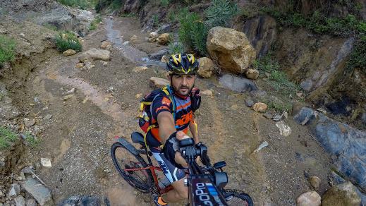 المقومات الطبيعية لمنابع واد أمقران تغري عشاق الدراجة الجبلية بالريف