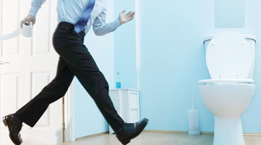 دراسة جديدة تكشف السبب العجيب وراء اختباء الرجال في المرحاض