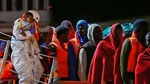 انقاذ 30 مهاجرا سريا ينحدرون من بلدان جنوب الصحراء... و الحكومة تؤكد ارجاعهم للناظور