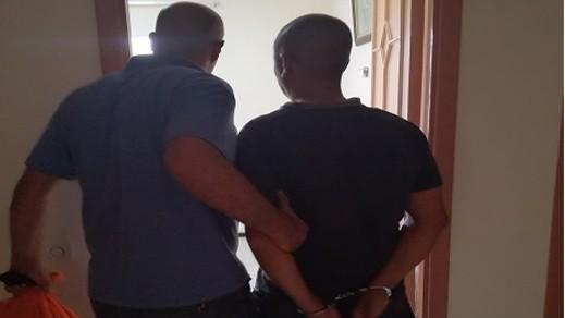 """الشرطة تلقي القبض على مواطن مالي متورط في وفاة 43  """"حراكا"""" بسواحل الشمال"""