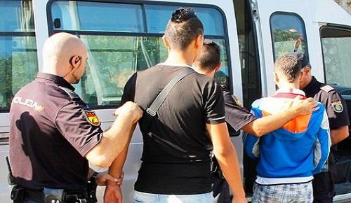 سلطات مليلية تطلب تدخل مدريد لترحيل القاصرين المغاربة