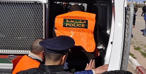 شرطة الناظور تضع حدا لنشاط عنصرين يعترضان طريق المواطنين باستعمال الاسلحة البيضاء