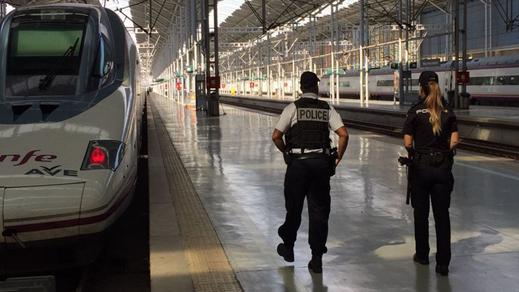إيقاف حركة القطارات بمحطة برشلونة بسبب حقيبة مشبوهة وإخلاء محطة أتوشا في مدريد بسبب إنذار