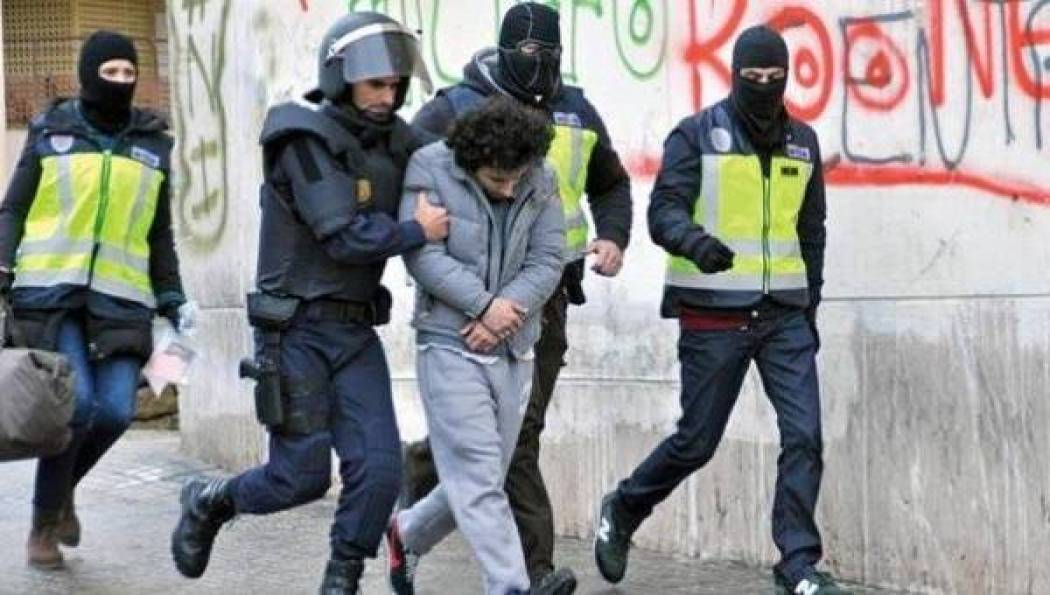 الإساءة للملك محمد السادس تجر جهاديا مغربيا بداعش إلى السجن بإسبانيا