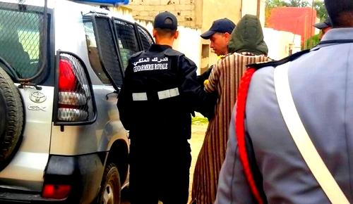 """الدريوش.. الدرك الملكي ينهي نشاط """"عويطا"""" أخطر عناصر سرقة منازل أفراد الجالية بالمدينة"""