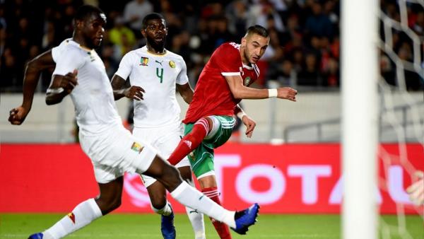 حكيم زياش يغيب عن مباراة الأسود و تونس ويعود إلى هولندا