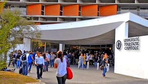 """فرنسا تقر رسوم تسجيل """"صاروخية"""" على الطلبة المغاربة الراغبين في ولوج جامعاتها"""