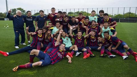 """نادي """"برشلونة"""" يستقطب موهبة كروية واعدة من الناظور لحمل قميص فريقه"""