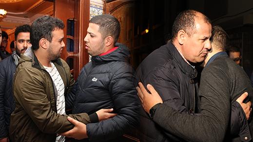 أعضاء اللجنة التنفيدية للاتحاد العام لطلبة المغرب في زيارة لقبر وعائلة المرحوم ياسين الدهوري بالناظور