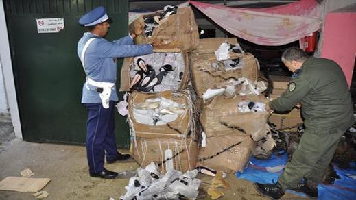الأمن يحجز 10 أطنان من الملابس والأحذية المُهربة من مليلية