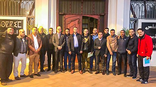 رئيس المجلس الإقليمي يجتمع برؤساء الأندية الكروية لتسطير برنامج دوري الملتقى الأول لكرة القدم بالناظور
