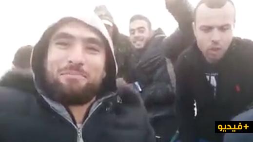 لاعب الفتح السابق يوثق بالفيديو مغامرته رفقة عدد من الشبان الى إسبانيا عبر قارب مطاطي