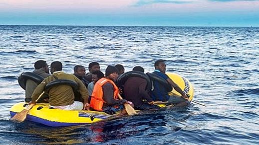 إيقاف 55 مرشحا للهجرة السرية في عرض سواحل جماعة الرواضي بالحسيمة