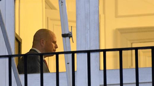 بلجيكا.. الأمن تطوق منزل وزير الهجرة السابق بعد توصله برسالة داخلها مسحوق أبيض