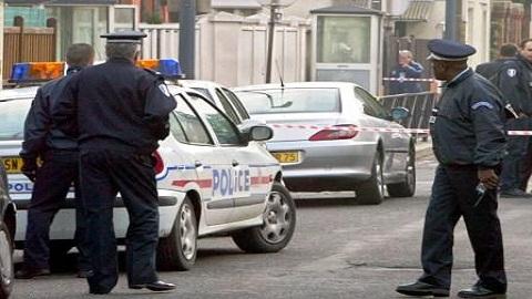 إدانة شاب مغربي بالسجن ومنعه من دخول فرنسا لـ5 سنوات بعد ضبطه متلبسا بحيازة الكوكايين