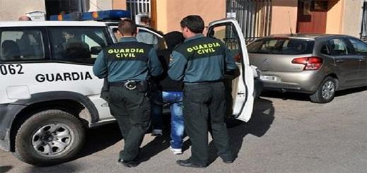 اعتقال مغربيين قاما باختطاف واحتجاز مهاجر قاصر بإسبانيا