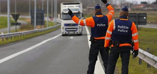 بلجيكا..الشرطة تعثر على مهاجرين داخل شاحنة مبردة
