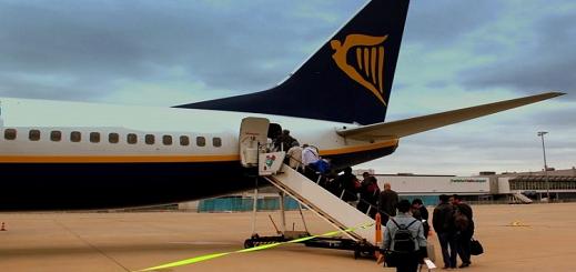 """غرامة ثقلية في حق شركة """"ريان أير"""" للطيران منخفض التكلفة لهذا السبب"""