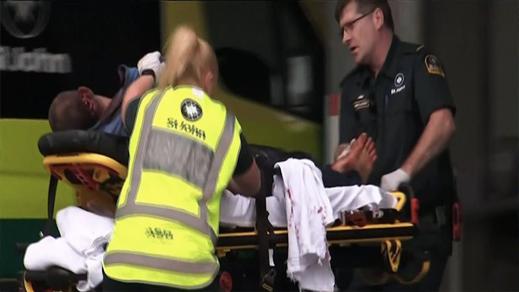 شاهدوا.. ارهابي يهجم على مسجد ويقتل 49 شخصا بنيو زيلندا