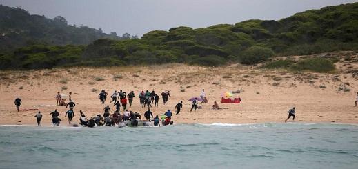 """قناة الجزيرة... """"الناظور"""" سوق مربحة لهجرة قاتلة بالمغرب"""