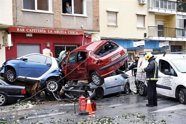 بالفيديو.. تصادم ضخم ضواحي مدريد يسفر عن إصابة 35 شخصا بينهم مغاربة
