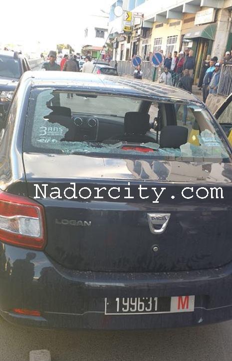 مهرب ببني انصار يرسل مسؤولا في الجمارك إلى المستشفى بعد تحطيم سيارته