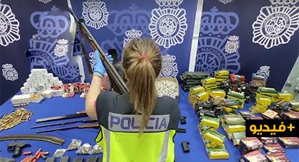 شاهدوا بالفيديو.. تفكيك ورشة لتعديل الأسلحة النارية لفائدة عصابات السرقة والمخدرات