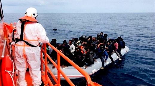 البحرية الإسبانية تنقذ 47 مهاجرا سريا انطلقوا من سواحل مدينة الحسيمة