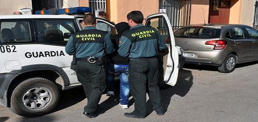 الحرس المدني الإسباني يفكك شبكة متخصصة في تصدير المسروقات للمغرب