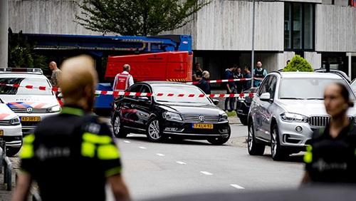 الشرطة الهولندية تلقي القبض على شخصين يشتبه في تصفيتهما لشاب مغربي رميا بالرصاص
