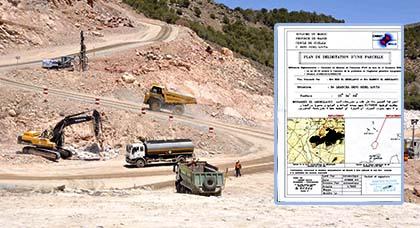 مواطنون من بني سيدل يطالبون الدولة بتسوية قانونية لأرضهم بعد الترامي عليها واستغلالها كمقلع للأحجار