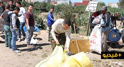 توزيع حاوياتٍ للنفايات في حملة نظافة واسعة بجماعة بني بويفرور