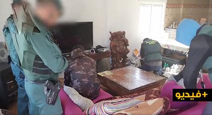 بالفيديو.. عملية للحرس المدني الإسباني تسفر عن حجز 9 أطنان من الحشيش وتفكيك عدة شبكات لتهريب المخدرات