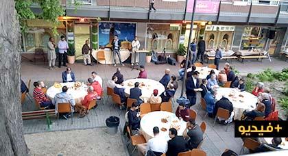 إفطار جماعي ضخم نظمه أفراد الجالية المسلمة في حي شعبي وسط مدينة فرانكفورت الألمانية