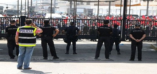 إجراءات صارمة في انتظار الناظوريين الراغبين في ولوج مليلية المحتلة