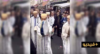 """شاهدوا.. وسط بلجيكا """"ثاروا نشيخ محند"""" يجوبون أهم شارع بمولانبيك في حملة انتخابية"""