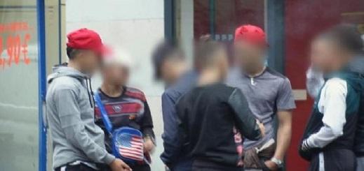 السلطات الفرنسية تُرحل 1161 مهاجرا مغربيا بـ171 مليون درهم
