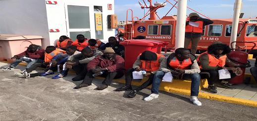 المهاجرون ال34 الذين تم نقلهم من جزيرة شافاريناس الى مليلية لن يتم ترحيلهم الى المغرب لهذا السبب